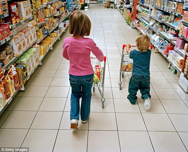 kids shopping in store